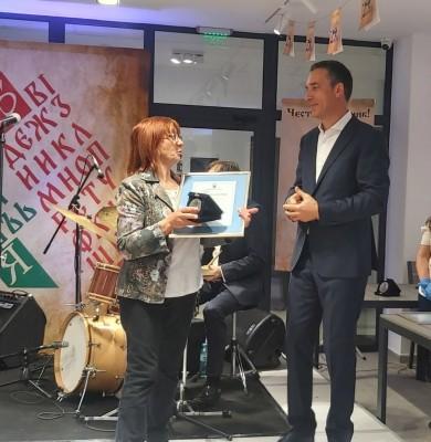 Кметът Димитър Николов отличи изявените дейци на културата в Бургас
