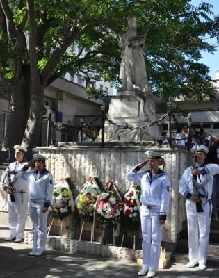 Бургас чества Съединена България с концерти, вдигане на знамена и поднасяне на цветя в знак на признателност