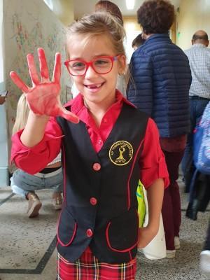 Нека подкрепим 9-годишната Кристин от Бургас да извърви пътя към мечтата си да проходи