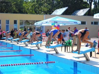 Продължават безплатните начални обучения по спорт за бургаските деца