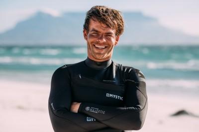 Легендата на екстремния кайтсърф Ник Джейкъбсън ще бъде специален гост на Burgas Kite Cup 2021 на 26 и 27 юни