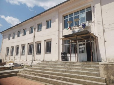 "Започна ремонтът на читалището в бургаския квартал ""Рудник"""
