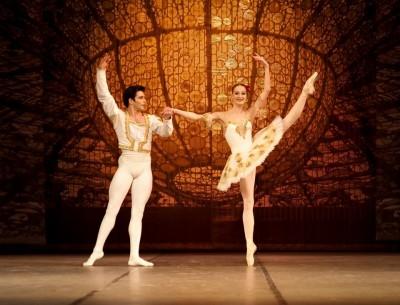 Примабалерината на Софийската опера и балет Марта Петкова гостува на бургаска сцена в събота