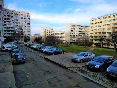 """Изграждат паркинг със зона за отдих зад блокове 3-3А в """"Изгрев"""""""