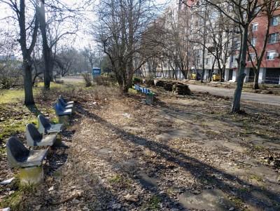 """Обновяват още един парк в """"Славейков"""" по програмата"""