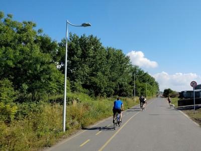 50 нови стълба осветяват велолеята от Капаните до Солниците