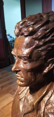 Исторически момент за Бургас: Откриват паметника на художника Петко Задгорски в Морската градина