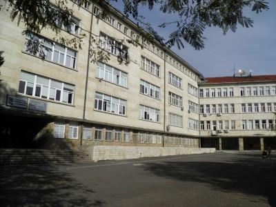 Община Бургас ще извърши авариен ремонт на покрива на ПМГ